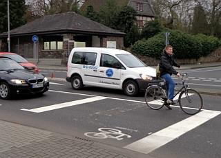 Radfahrer auf neuer Aufstellfläche