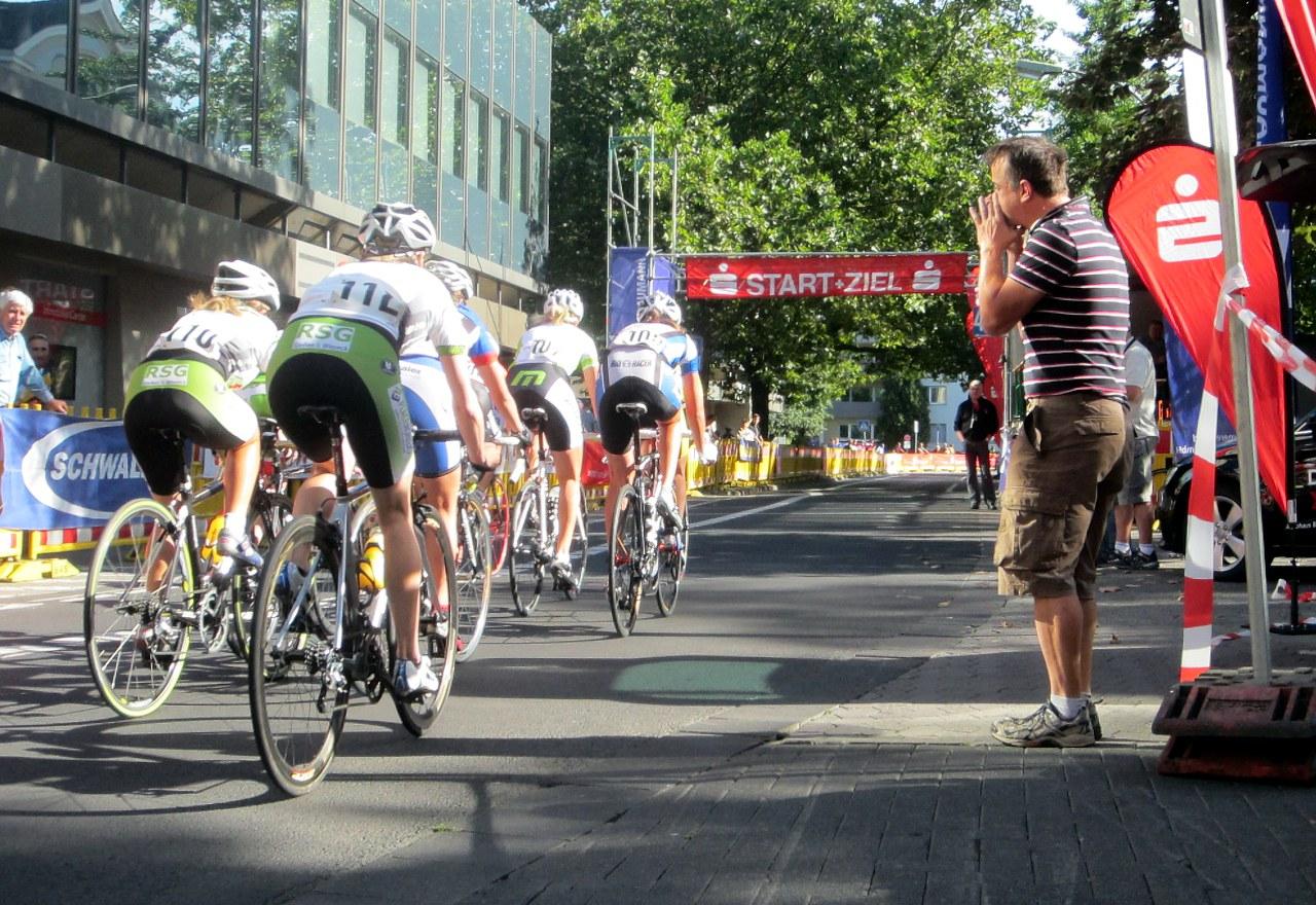 """Radrennen """"Rund um das Stadttheater"""""""