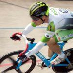Bahnradsportler in jeder Disziplin auf Podium