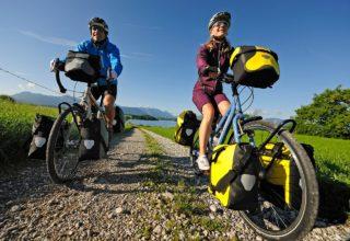 Fahrräder mit Gepäcktaschen, Foto: www.ortlieb.com