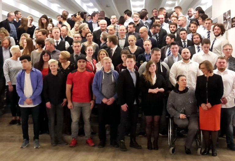 Gruppenfoto zur Feierstunde des Sports der Stadt Gießen
